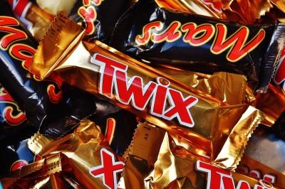 candy-bar-1735659_1920